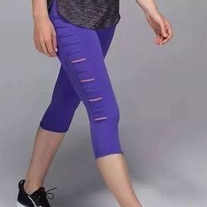 [Lululemon] Purple Plum Breezy Crop Legging Tights